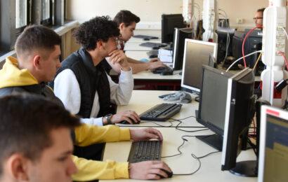 lycée aubanel comptabilite rh informatique tourisme